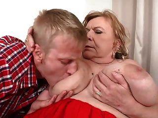 Que Coño ... Hermosa Abuelita Sexo Con Un Tipo Con Suerte